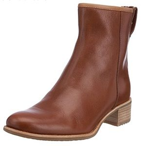 Timberland Genuine Leather Women's Flora Booties